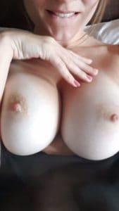 française avec gros seins