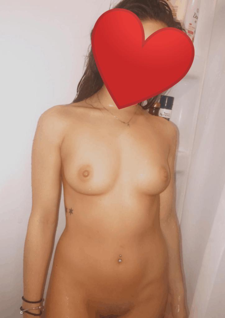 jeune fille se met nue sur snap