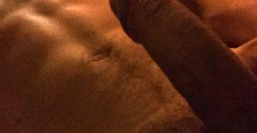 nudes gratuit avec un homme musclé