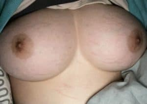 gros seins adolescente