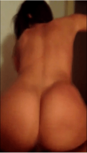 beurette mariée avec un gros cul nude sur snap